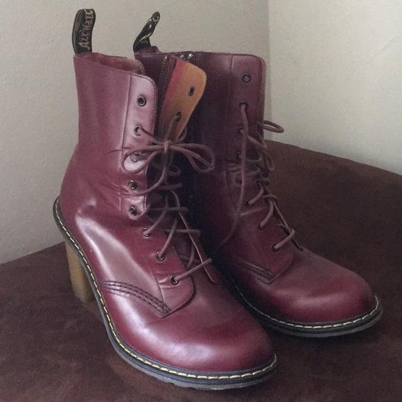 angemessener Preis billiger klassischer Stil Dr. Martens Sadie Heeled Boots
